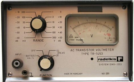 AC VOLTMETER TR- 1453   gy. év:1968
