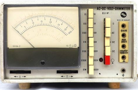 AC-DC VOLT- OHMMETER